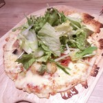 purachinafisshuga-denkicchin - 産直野菜のサラダピザ1000円