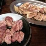 さんきらく - 中落カルビ 500円          トンバラ(三枚肉) 380円