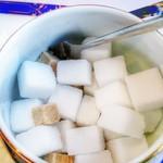 ベル・ブランシュ - お砂糖のサイズがまちまち。これは調節できていいですね。