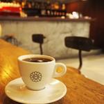 バー・ジンガロ - コーヒー