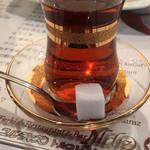 Yıldız Turkish Restaurant & Bar ユルディズ トルコレストラン - トルコ式の紅茶