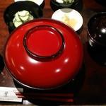 うなぎ双葉 - [料理] 鰻丼 とろろセット (梅) 蓋を取る前 全景♪w