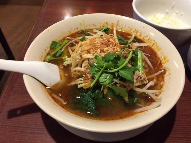 ディージャイ - トムヤム麺