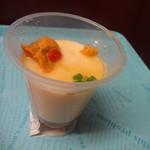 なだ万 厨房 - 料理写真:うにのなめらか風味 食べるスープ