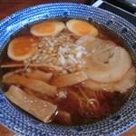 弘富 - ラーメン(600円)と味玉(50円)
