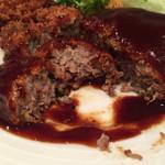 61540710 - 国産牛とやまと豚のハンバーグステーキ