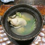 61541051 - 大きな牡蠣はふっくら〜♬