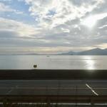 紅葉堂 - [2016/12]島々が見える風景です。