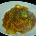 カフェダイニング よりみち - 牡蠣と白菜のトマトパスタ
