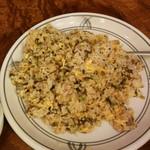 酔東坡 - 豚バラ肉と高菜のチャーハン