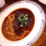 アンバランス - 牛ほほ肉の赤ワイン煮込み