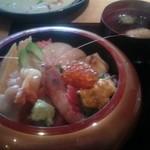 すし昭 - 上ちらし寿司