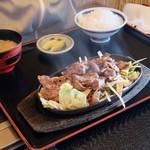 よかよか亭 - 焼肉定食 750円