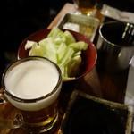 はなまる串カツ製作所 - (2016/12月)生ビールとお通しキャベツ