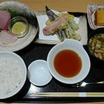 おきゃく - 鮮魚の刺身と高知野菜の小天ぷら