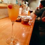 7 Days Craft Kitchen - ▲すぐ満席になって、立ち飲みの人も居ました。