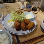 メリケンサカナ - オイスターチキンプレート(1,000円)