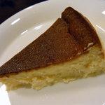 自家焙煎コーヒー工房OGATA - 懐かし味のチーズケーキ♪