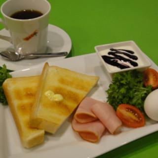 トムズ カフェ - 料理写真:TOM'sモーニング(10:30~11:30限定) 500円