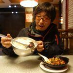 陈麻婆豆腐 骡马市店 - 金牌麻婆豆腐 12元(約192円)                             ご飯(ダーファン)4元(約64円)