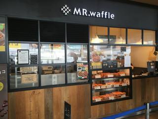 ミスターワッフル 町田マルイ店 - ここが町田のベルギーか