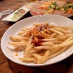 そら食堂 - ・HOTチリチーズポテト