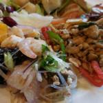 61568063 - 魚介と春雨のサラダ、ガパオ