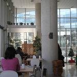 カフェレストラン コナモーレ - 店内の様子