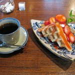 cafe bois - 料理写真:ワッフルセット(850円)