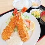 たかいし野 - 海老フライ定食