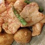 晴れる屋 - 日替わり季節のおすすめから 『新じゃがと豚バラの味噌炒め』