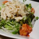 61576454 - 蒸し鶏の塩麹サラダ