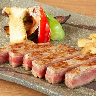 神戸ビーフの究極の味は、純血の「但馬牛」から