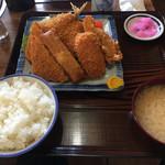 三楽食堂 - 料理写真: