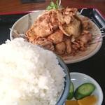 インター食堂 - 生姜焼き定食大盛1050円 2016.10