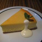 サボイア s-21 - ニューヨークチーズケーキ400円