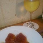 ワイン食堂wabisuke - [料理] 切り立て生ハム & グラスワイン (白)