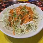インパール - ランチのサラダ