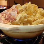やきとり○金 - 鶏と水餃子の水炊き鍋