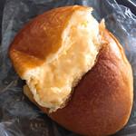 ブロートバール セセシオン - クリームパン