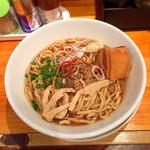 千極煮干 - 料理写真:らぁめん小池 880円