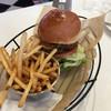 ジェービーカフェ - 料理写真:マッシュルームバーガー