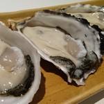 うみの家 - 牡蠣3種食べくらべ(熊本県産鏡オイスター、三重県産もももこまち、長崎県産小長井牡蠣)