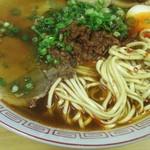 つばめ - ピリ辛ラーメン 麺の状態(2017.01/中旬)
