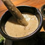 筥崎とろろ  - スゴイ粘りの自然薯とろろ。