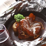 魯風人 - 料理写真:とろけるタンシチュー