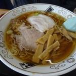 新月  - 料理写真:酒田のラーメン650円