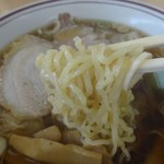 新月  - 麺はプリプリ