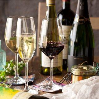 ソムリエ厳選!30種類以上の豊富なワイン