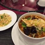 61631961 - 麺飯セット!(坦々スープ麺とカニチャーハン)
